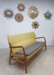 Vintage design wingback lounge sofa Aksel Madsen Bovenkamp bank