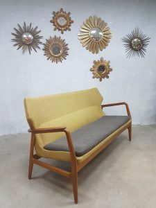 Vintage design wingback lounge sofa Aksel Madsen Bovenkamp bank