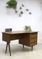 vintage deens bureau desk Danish design Tijsseling midcentury modern