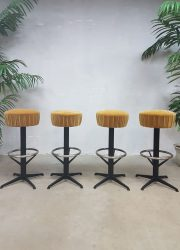 Vintage industrial fifties bar stools industriële kruk krukken