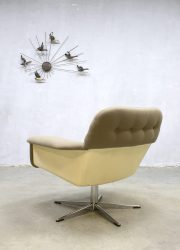 vintage Artifort draai fauteuil Nederlands design midcentury modern space age chair