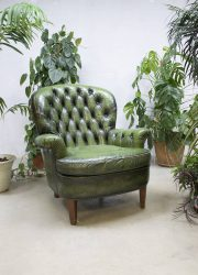 Vintage green Chesterfield lounge chair armchair fauteuil 'Botanic'