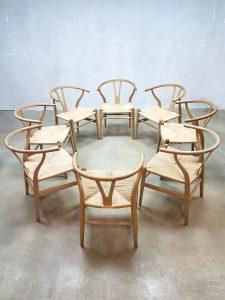Vintage Wishbone chairs Hans Wegner Carl Hansen & son CH24 stoelen