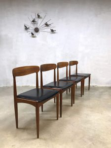 Deense vintage eetkamerstoelen dinner chairs Johannes Andersen Uldum