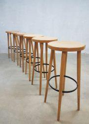 Vintage kruk barkrukken industrieel Industrial wooden stool barstools