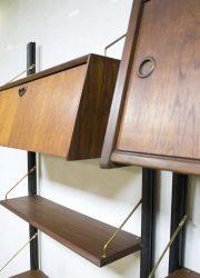 Vintage design wall unit wandsysteem Webe Louis van Teeffelen