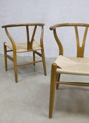 Vintage design dinner chair Hans Wegner Danish CH24 eetkamerstoel stoel