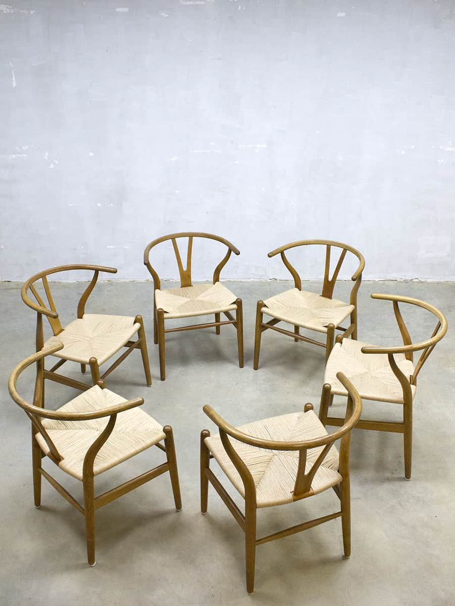 vintage wishbone chair stoel hans wegner carl hansen son ch24. Black Bedroom Furniture Sets. Home Design Ideas