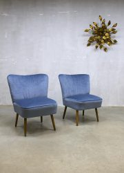 Vintage cocktail chair velvet velours cocktail stoel clubfauteuil Ice blue