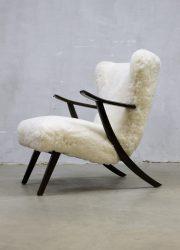 vintage design schapenvacht stoel Deense stijl fifties sixties faux fur