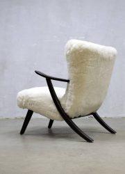 midcentury modern fur chair sheepskin schapenvel fauteuil Danish design