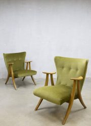 Midcentury modern velvet wingback chair vintage velours oorfauteuil lounge fauteuil lounge stoel jaren 50 60 fifties sixties loft interior retro