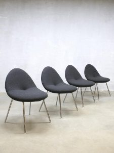 Dutch design Artifort 'little conco' dinner chairs Michiel van den Kley