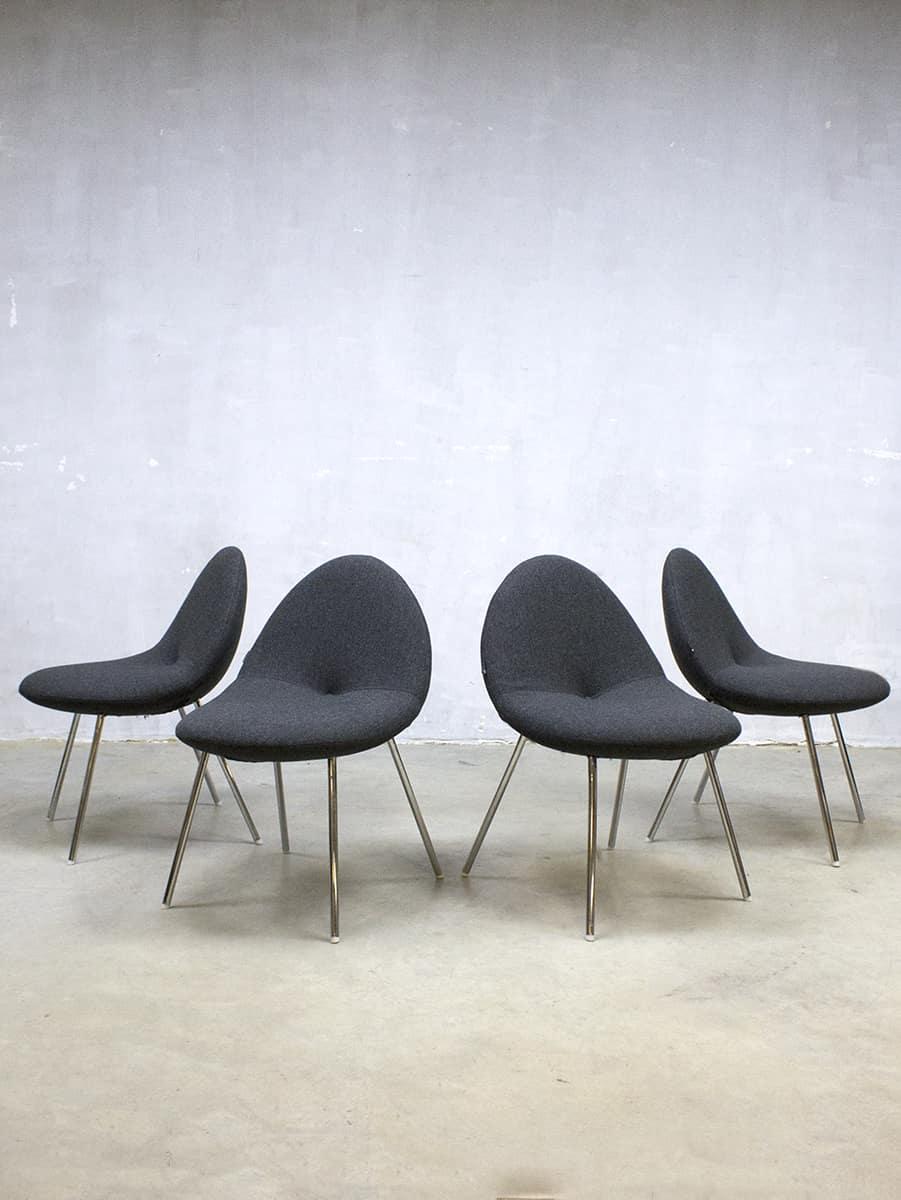 Dutch design artifort 39 little conco 39 dinner chairs michiel for Dutch design eetkamerstoelen