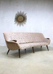 Midcentury vintage design cocktail bank sofa velvet 'Boomerang'