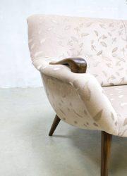 jaren 50 fifties bank sofa velours velvet Deense stijl Danish style