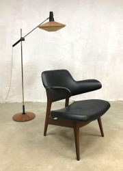 Vintage pinguin chair stoel lounge fauteuil Webe Louis van Teeffelen