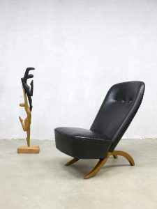 Midcentury vintage Dutch design congo chair fauteuil Theo Ruth Artifort