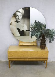 midcentury modern make up tafel kaptafel retro sixties fifties