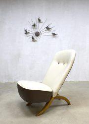 midcentury modern Congo chair Pinguin chair Artifort Dutch design Theo Ruth