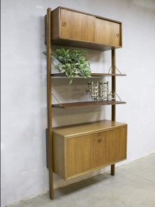 Vintage modular wall unit wandsysteem William Watting Fristho