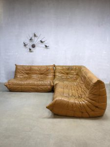 Midcentury vintage design camel leather lounge sofa Togo Ligne Roset