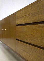 vintage wandkast dressoir Deense stijl jaren 60 sideboard sixties