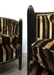 French Italian clubchair lounge chair boudoir style soho design velvet print art deco