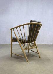 midcentury modern vintage design eetkamer stoel spijlen stoel zweeds design spindle back chair Swedish