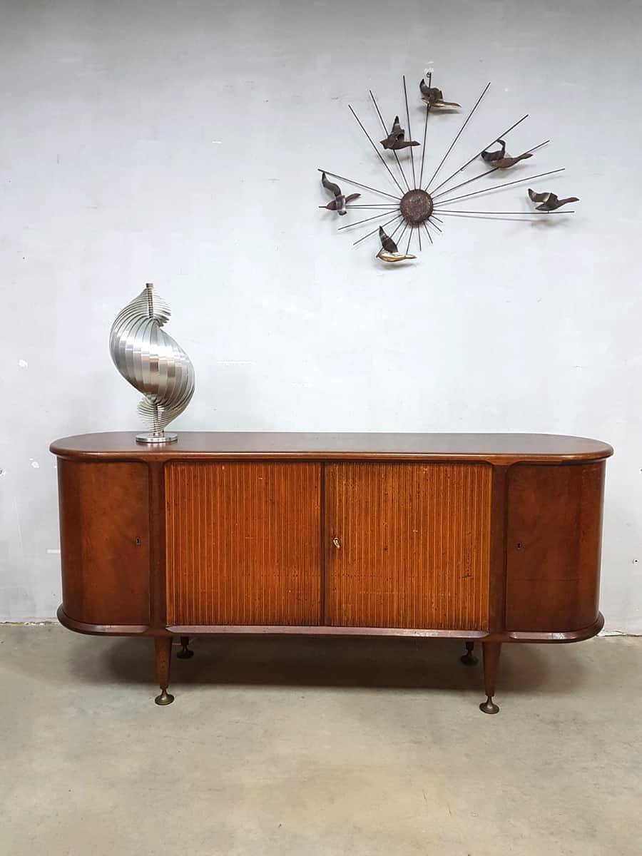 https://bestwelhip.nl/wp-content/uploads/2018/04/Vintage-midcentury-modern-dressoir-Zijlstra-A.A.-Patijn-sideboard-Dutch-design-2.jpeg