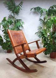 Midcentury vintage schommelstoel rocking chair Ecuador Angel Pazmino