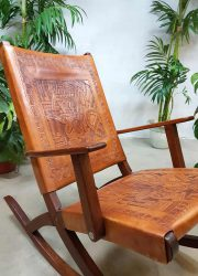 vintage retro schommelstoel rockingchair rocking chair Ecuador leather chair bohemian style