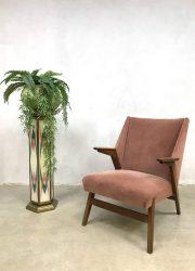 vintage design lounge chair Deense stijl Danish style armchair