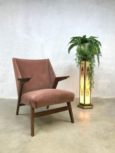 Midcentury modern arm chair vintage design lounge fauteuil soft pink