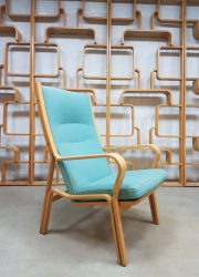 Hans Wegner vintage design fauteuil lounge chair midcentuy modern Deens lounge stoel