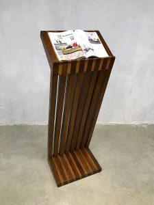 Midcentury modern reading standard vintage design leesstandaard boeken standaard