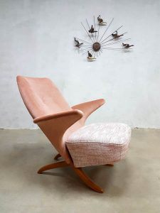 Midcentury vintage Dutch design pinguin chair Theo Ruth Artifort