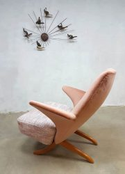 dutch vintage design lounge chair pinguin chair pink fifties design Theo Ruth Artifor