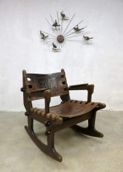 vintage rocking chair schommelstoel Ecuador style leather seating peru