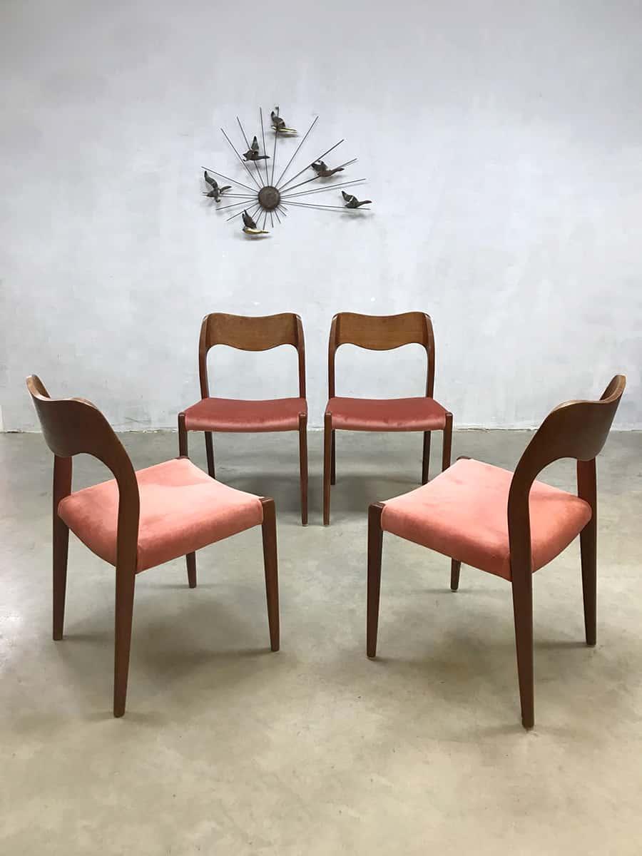 Vintage design dusty pink dining chairs eetkamer stoelen for Eetkamerstoelen deens design
