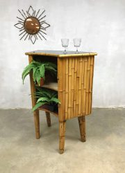 Vintage rattan bamboo Tiki cocktail bar bamboe rotan 'Bohemian style'