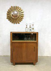 Midcentury modern fifties cocktail liquor cabinet vintage dranken kast
