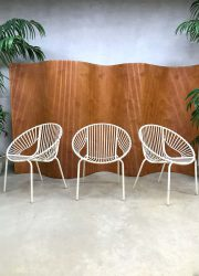 vintage retro wire metal garden chairs outdoor metalen tuinstoelen circle chairs