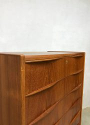 vintage midcentury modern cabinet teak Scandinavian Danish chest of drawers ladekast Deens