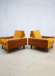 Mid century modern arm chairs luxury lounge fauteuils gold velvet