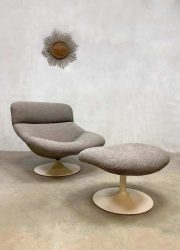 Midcentury modern design draaifauteuil lounge stoel swivel lounge chair Artifort F518 G. Harcourt