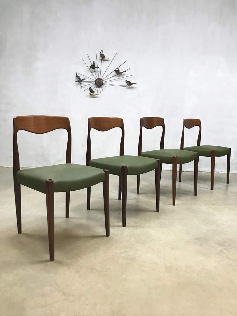 Nieuw Vintage Danish dining table & dinner chairs, Deens design GP-98