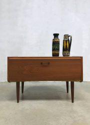 Midcentury modern tv cabinet Danish design tv kast sixties