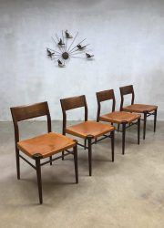 midcentury modern Danish dining chairs Wilhkahn eelkamerstoelen tuigleer