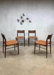 Teak & leather dining chairs eetkamer stoelen Georg Leowald voor Wilkhahn